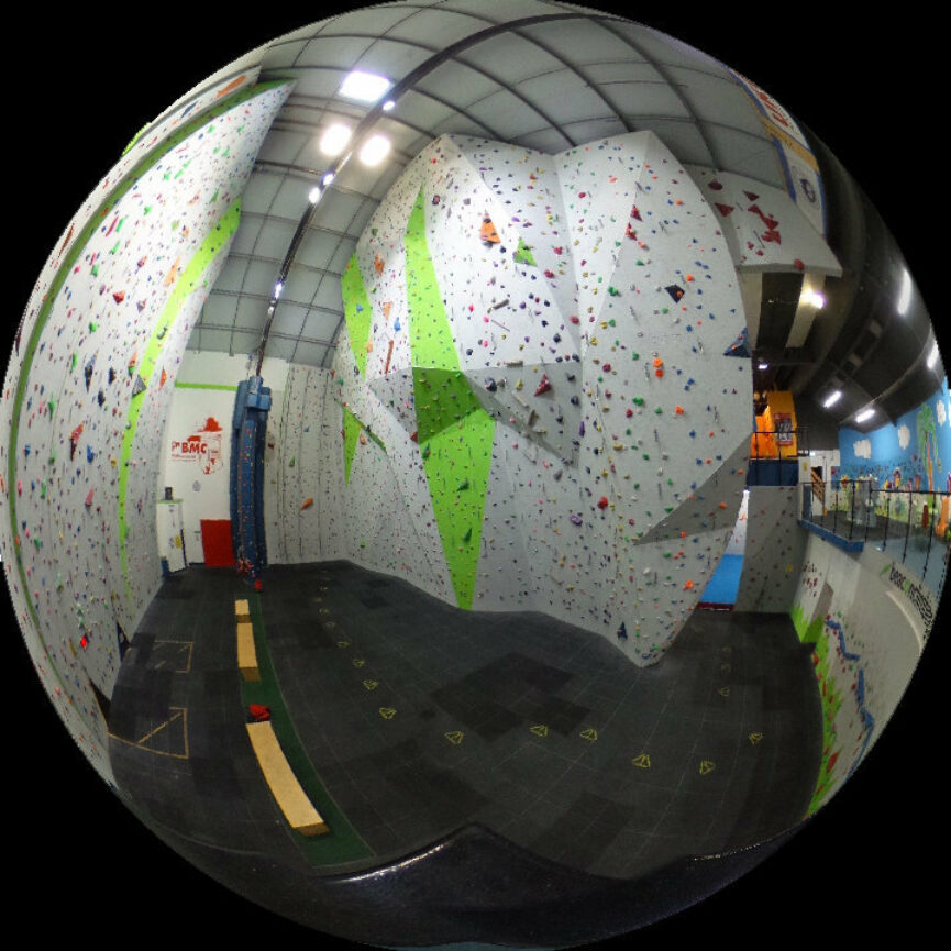Beacon 360 Wall 03